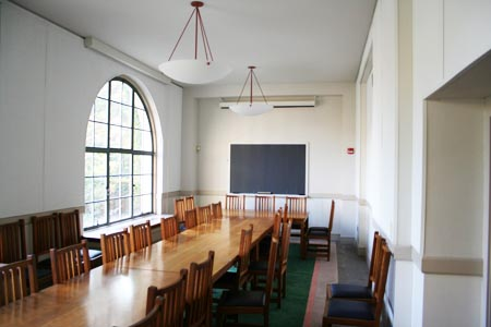 Center for European Studies - Adolphus Busch Hall 107 - Goldman Seminar Room